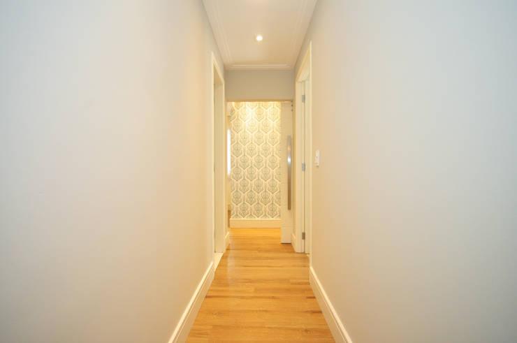 الممر والمدخل تنفيذ Condecorar Arquitetura e Interiores