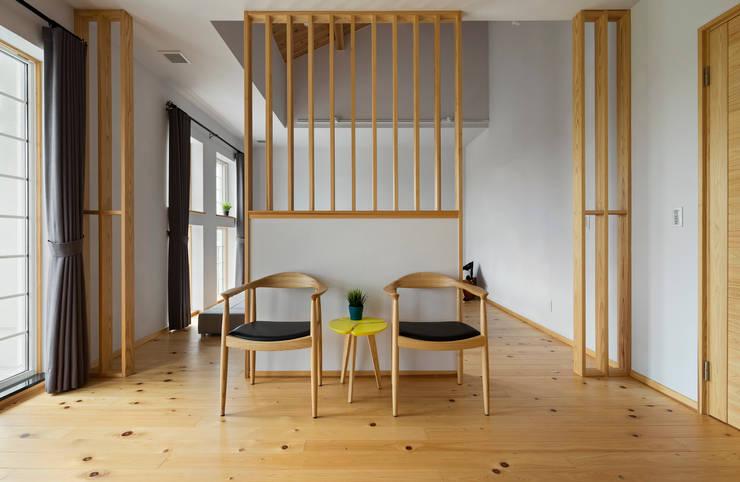 宜蘭健康屋 日式:  臥室 by 耀昀創意設計有限公司/Alfonso Ideas