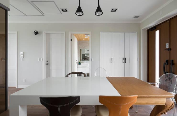 宜蘭健康屋 義式、美式:  餐廳 by 耀昀創意設計有限公司/Alfonso Ideas