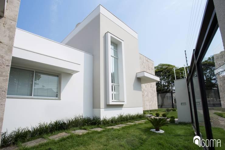 Casas de estilo  por GOMA Arquitetura