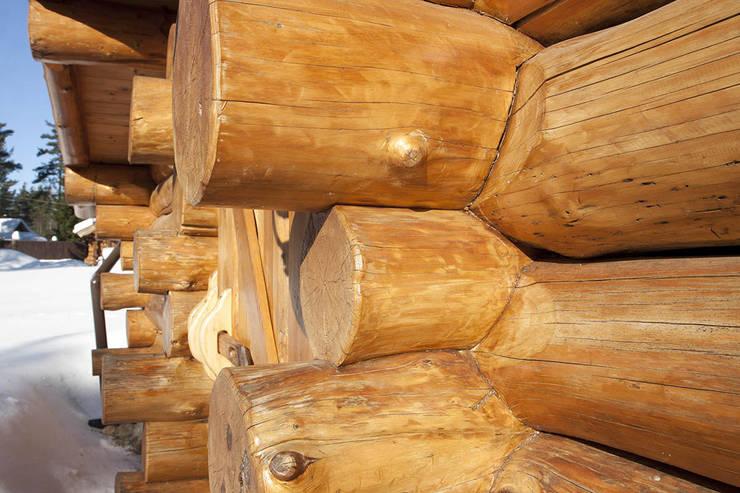 Выборгское шоссе 39-й км : Дома в . Автор – Техно-сруб, Классический Дерево Эффект древесины