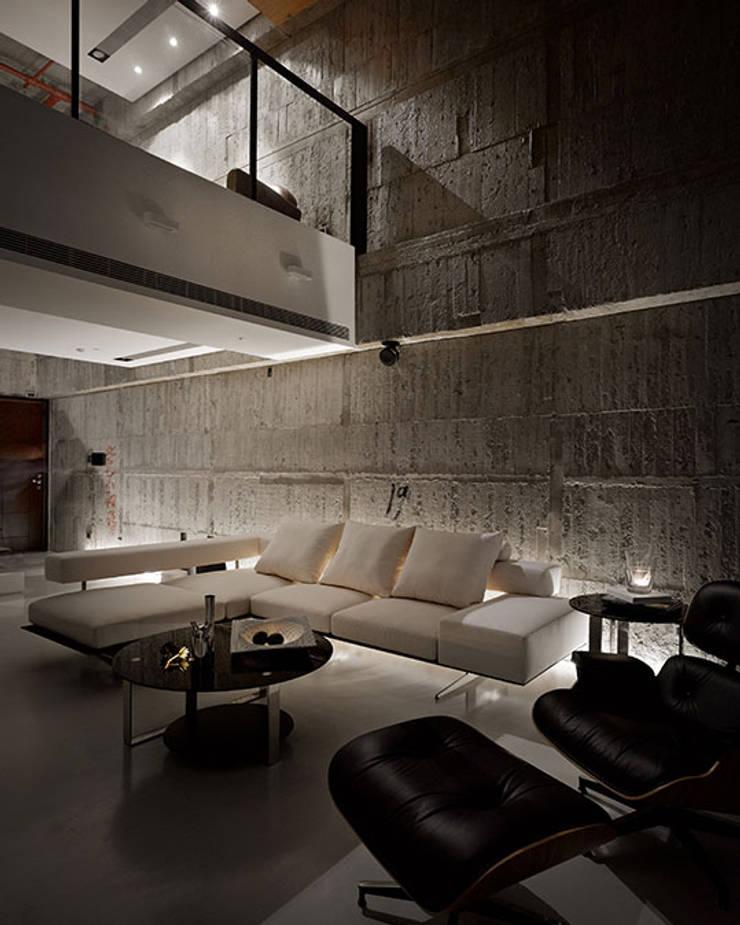 Salon de style  par 沈志忠聯合設計, Industriel
