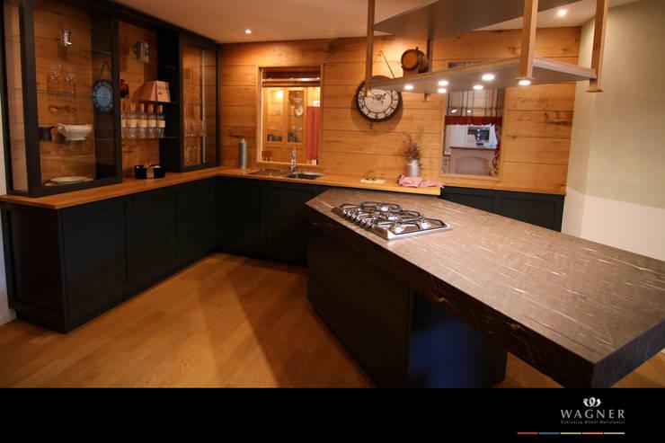 مطبخ تنفيذ Wagner Möbel Manufaktur