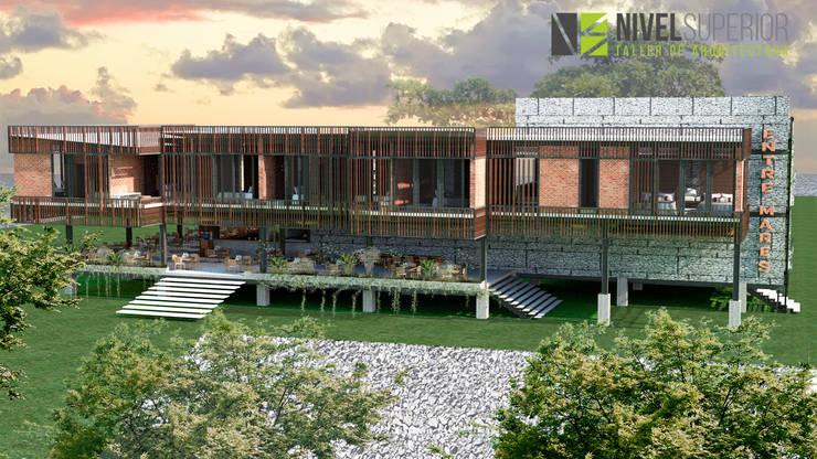 RESTAURANTE – HOTEL : Terrazas de estilo  por NIVEL SUPERIOR taller de arquitectura ,