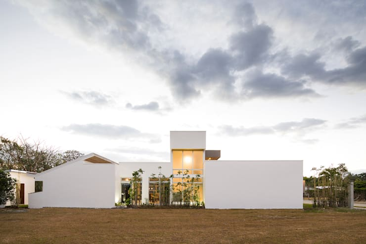 Houses by J-M arquitectura