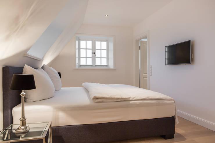 Slaapkamer door Home Staging Sylt GmbH