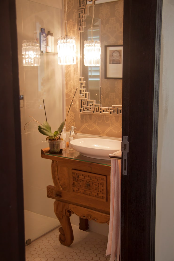 Bathroom by Kirsty Badenhorst Interiors