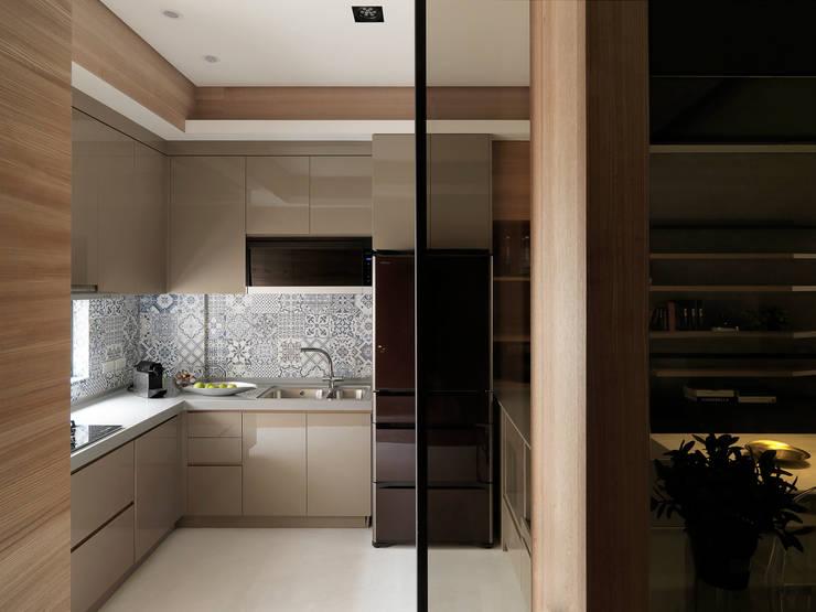 Projekty,  Kuchnia zaprojektowane przez 白金里居  空間設計