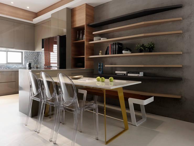 竹風低吟:  餐廳 by 白金里居  空間設計