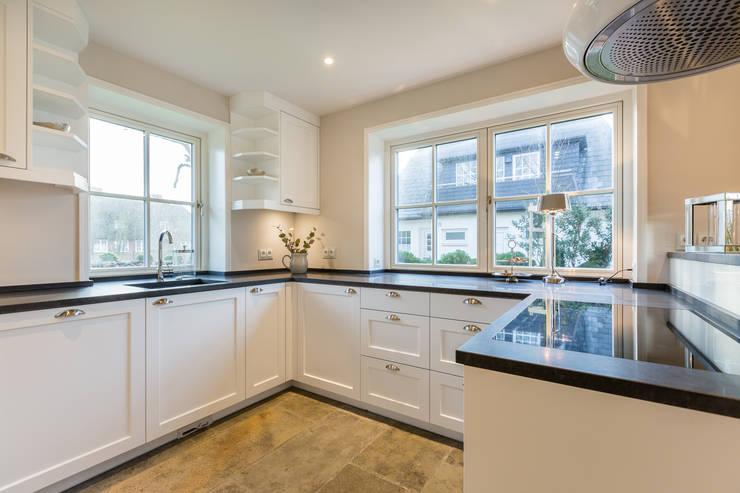 Кухни в . Автор – Home Staging Sylt GmbH