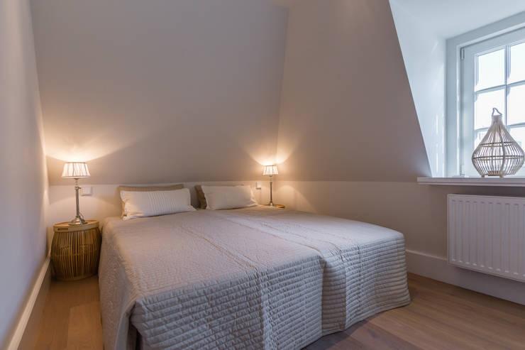 Projekty,  Sypialnia zaprojektowane przez Home Staging Sylt GmbH