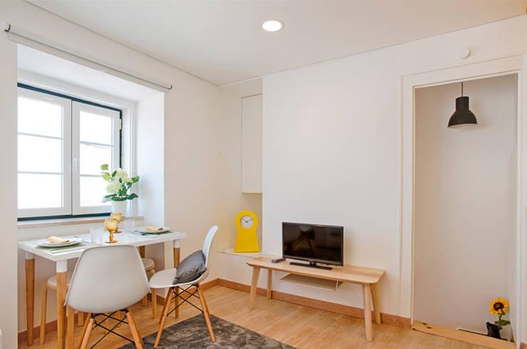 Salas / recibidores de estilo escandinavo por menta, creative architecture