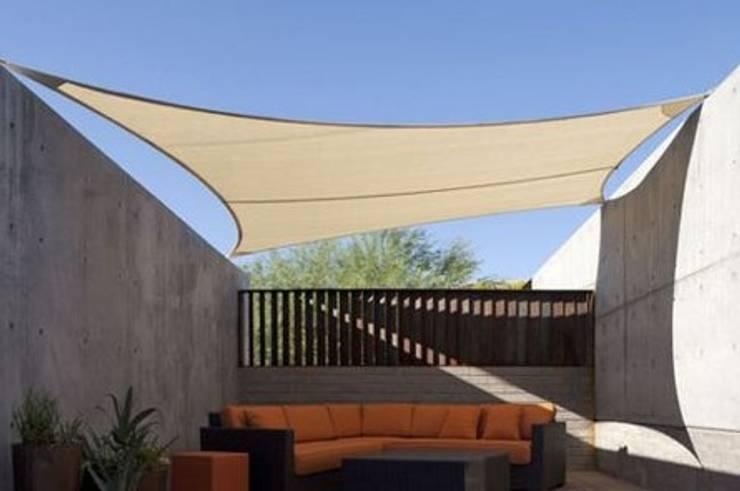 Tenda Membrane model layar:  Ruang Keluarga by Putra Canopy