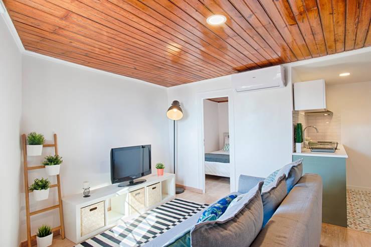 Sala de estar: Salas de estar  por menta, creative architecture