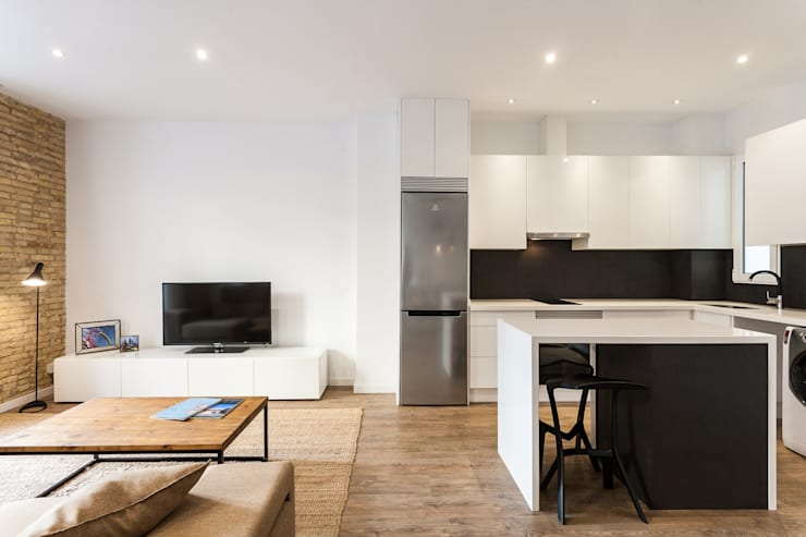 Kitchen by Aguilar Arquitectos