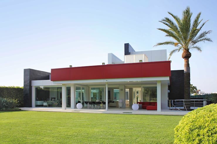 Casas de estilo  por Aguilar Arquitectos