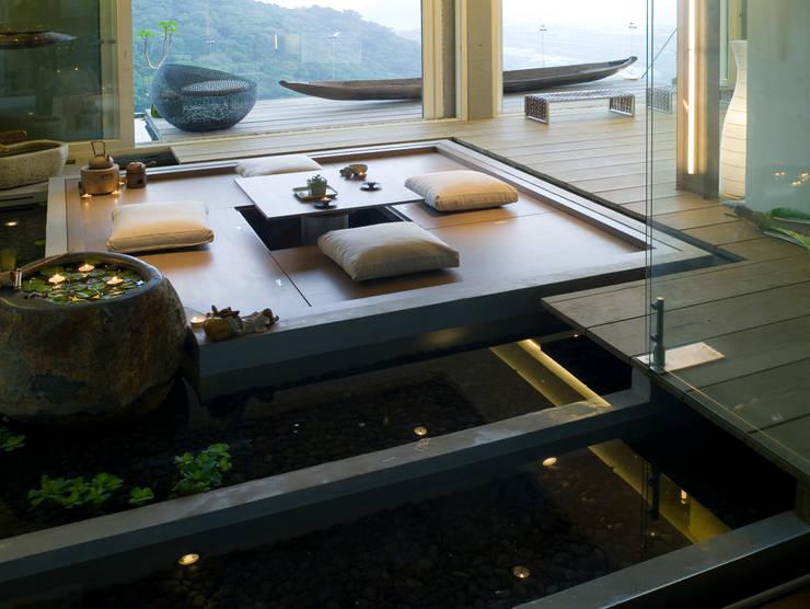 Bedroom by 鼎爵室內裝修設計工程有限公司