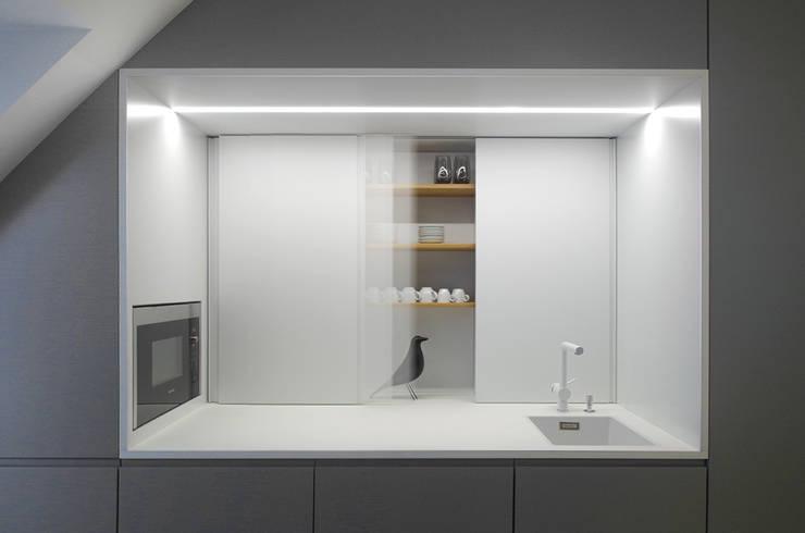 Senacor Office VIE by INpuls Minimalist MDF