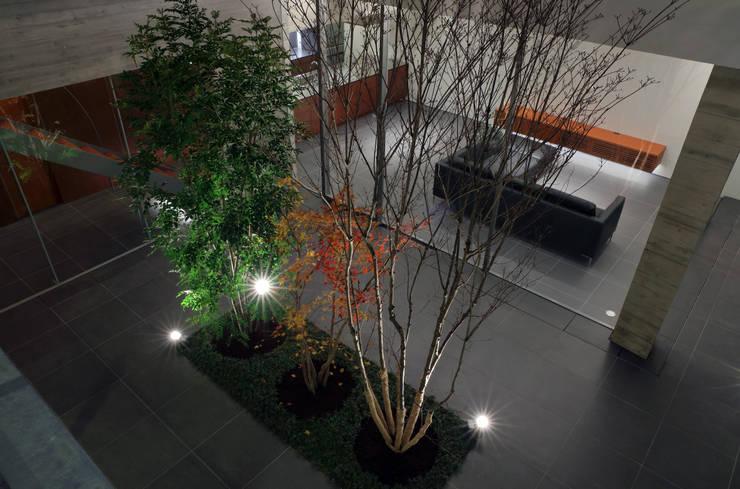 KaleidoscopeⅥ: 澤村昌彦建築設計事務所が手掛けた庭です。
