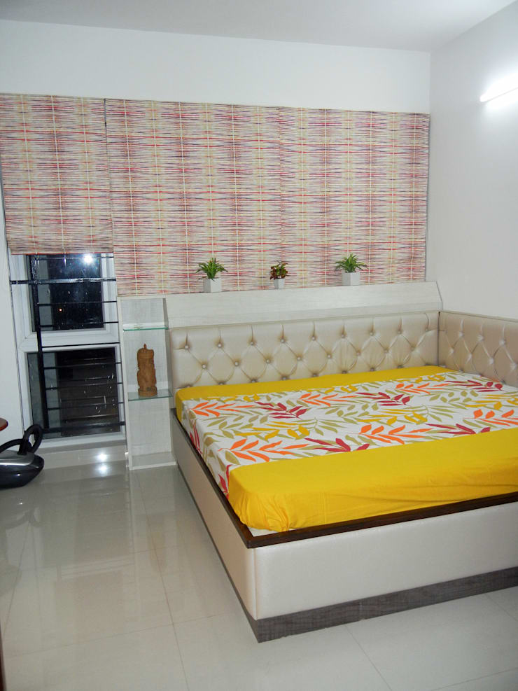 Guest bedroom : modern  by Interiors By Suniti,Modern