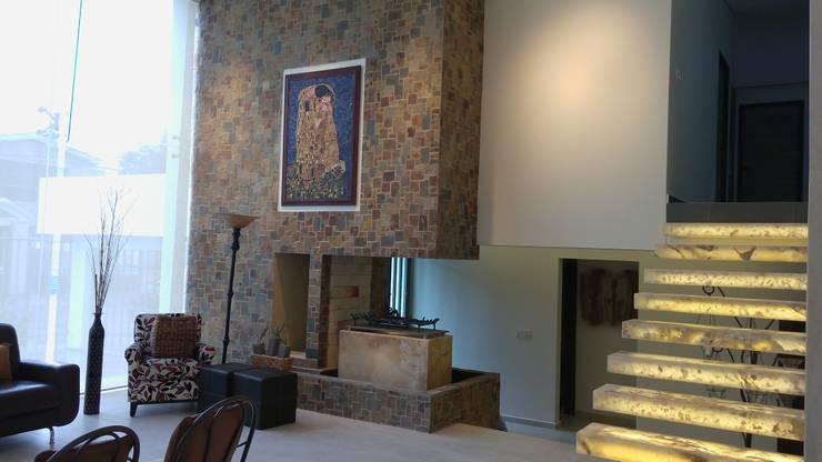 Rosario 15: Pasillos y recibidores de estilo  por LVC INTERIORISMO