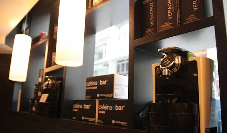 CAFÉ PUNTA DEL CIELO—CENTRAL:  Bars & clubs by M2A Design, Modern Wood Wood effect