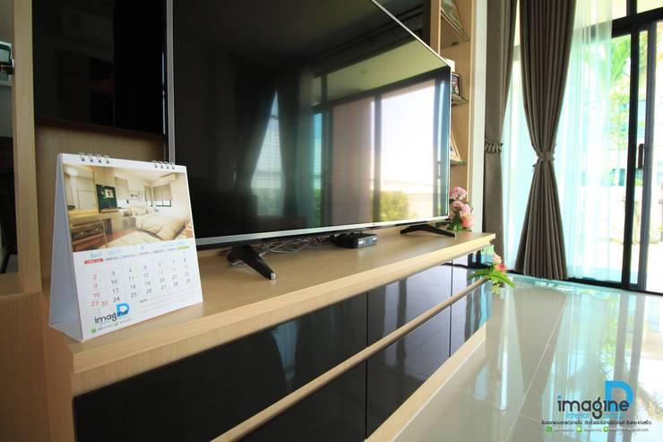 ตกแต่งภายในบ้านพักอาศัย 2 ชั้น:   by อิมเมจิ้น ดี อินทีเรีย ดีไซน์