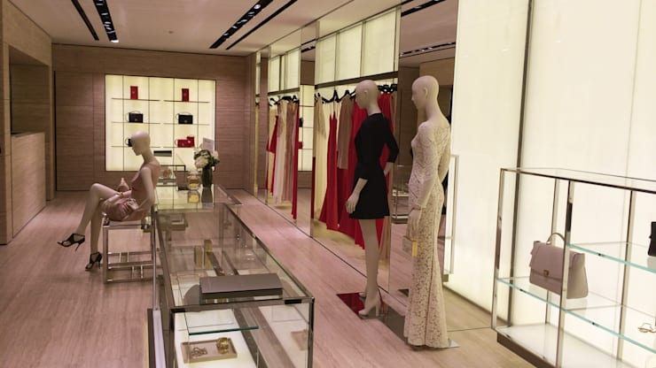 ELIE SAAB—THE LEE GARDEN—CAUSEWAY BAY:  Commercial Spaces by M2A Design