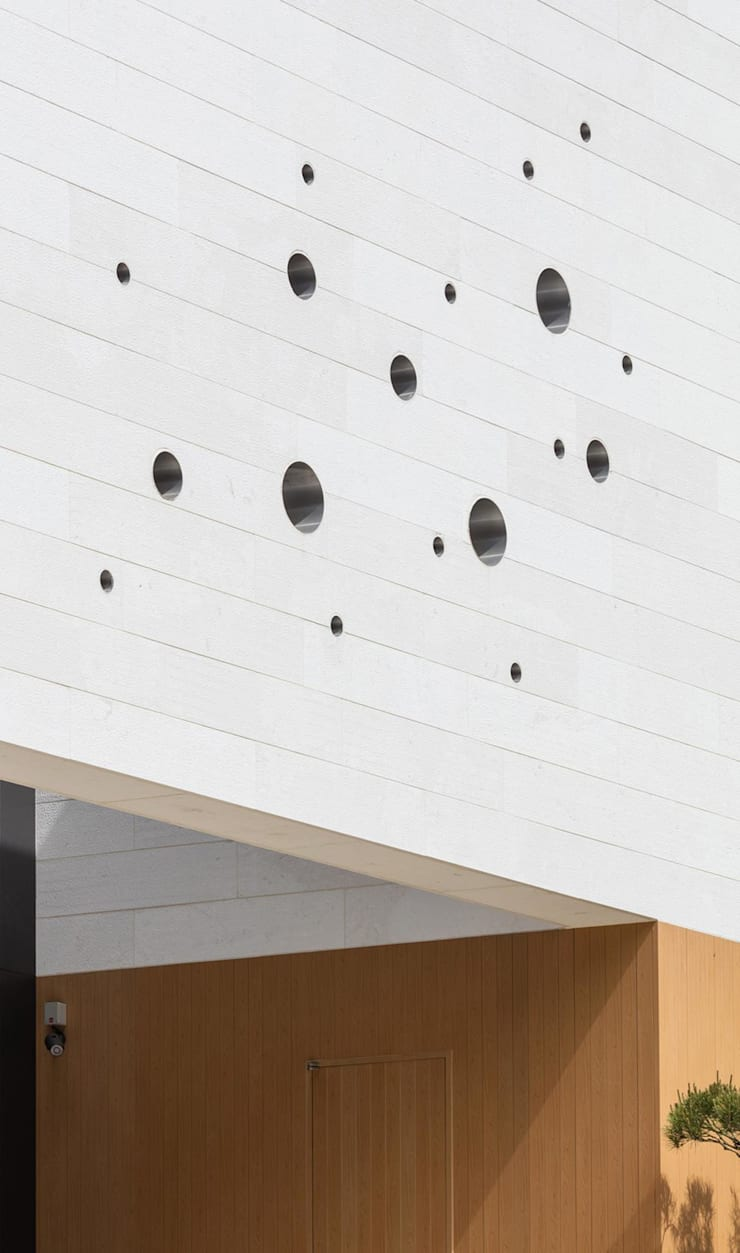 마당 통하는 집 모던스타일 주택 by 아키누스(건축동인) 건축사사무소 모던