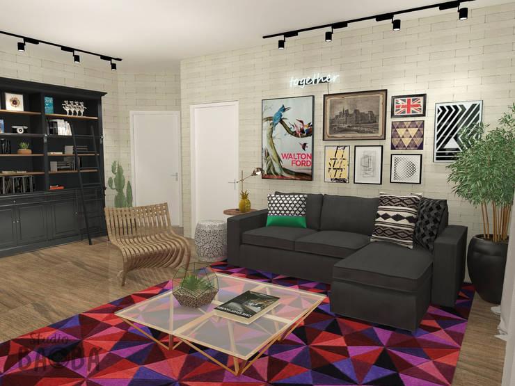 Apartment in Rotterdam:  Woonkamer door Studio Baoba, Eclectisch