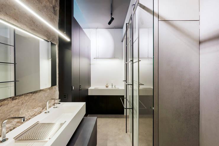 industrial Bathroom by arcs architekten