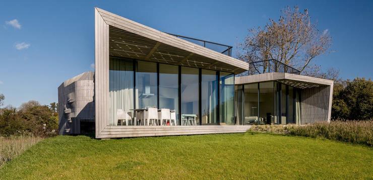 Casas de estilo moderno por Aeon Studio Firenze (architecture and design)