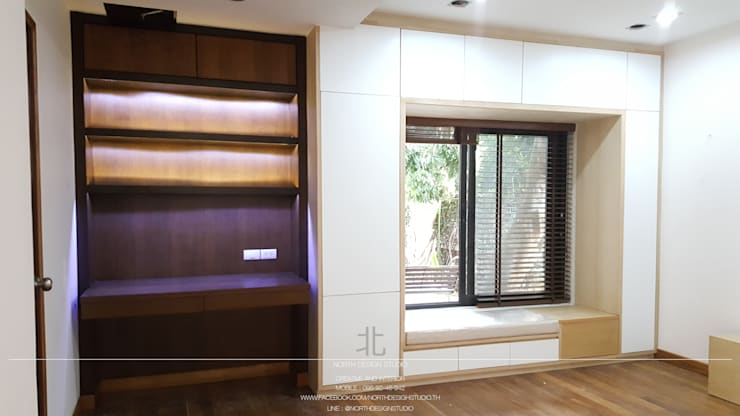 ห้องนอนสไตล์โมเดิร์น:  ห้องนอน by เหนือ ดีไซน์ สตูดิโอ (North Design Studio)