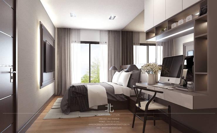 ตกแต่งคอนโดแนวหรูหรา The Astra Condo:  ห้องนอน by เหนือ ดีไซน์ สตูดิโอ (North Design Studio)