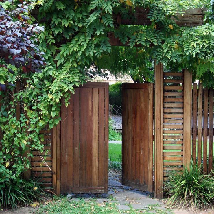 Ilkley Road:  Garden by Ininside