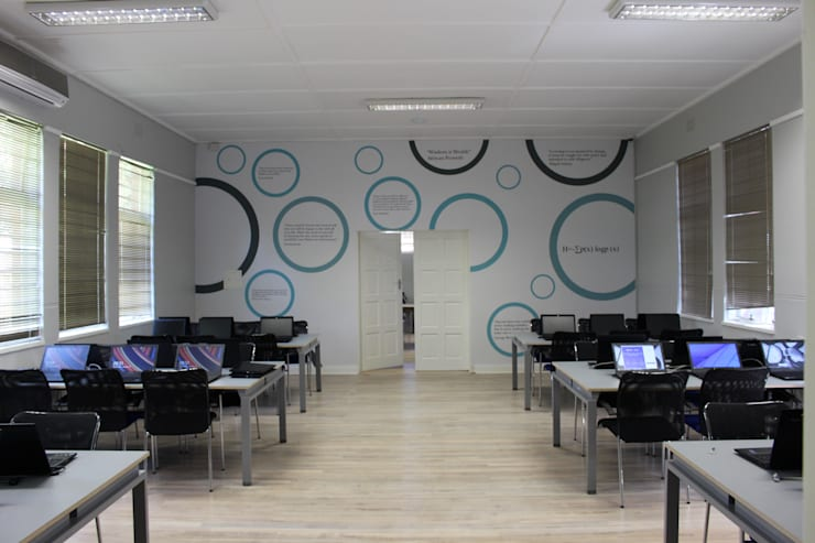 MOOV Learning Center, Westbury Library :  Schools by Ininside