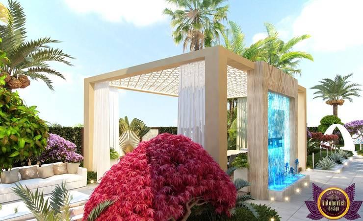Landscaping in Dubai of Katrina Antonovich:  Houses by Luxury Antonovich Design