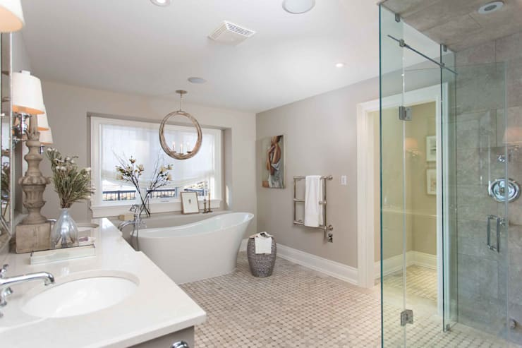 Master Bathroom: classic Bathroom by Frahm Interiors