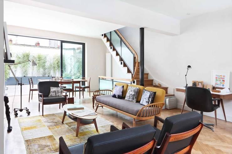 sitting room:  Living room by niche pr