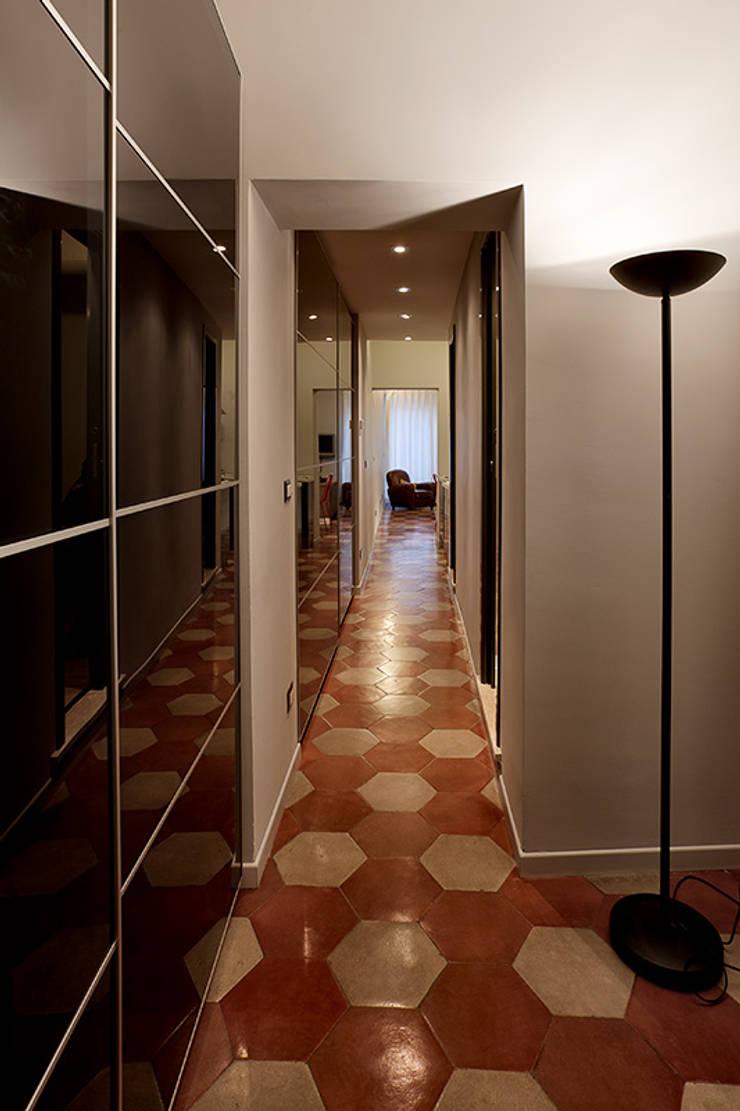 Koridor dan lorong oleh Caterina Raddi, Modern