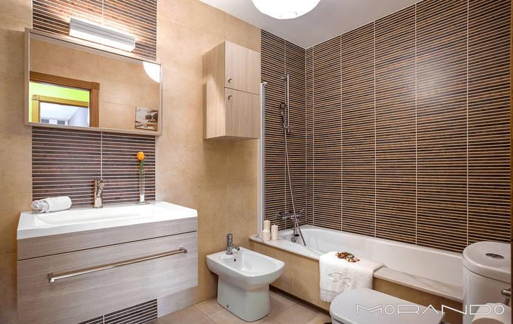 Projekty,  Łazienka zaprojektowane przez MORANDO INMOBILIARIA