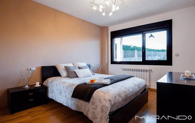 Projekty,  Sypialnia zaprojektowane przez MORANDO INMOBILIARIA