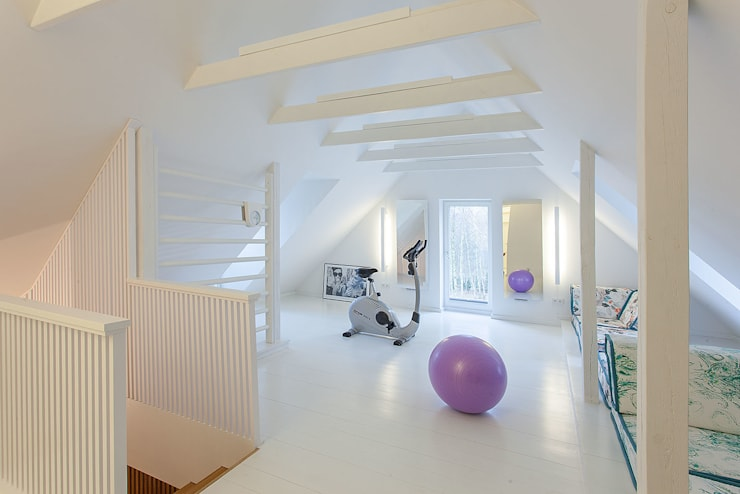 DOM NA WSI: styl , w kategorii Pokój multimedialny zaprojektowany przez oyster