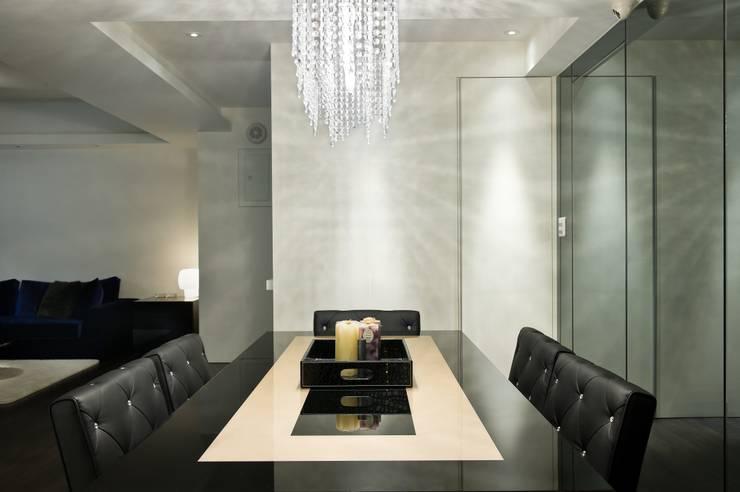 Столовые комнаты в . Автор – 倍果設計有限公司,
