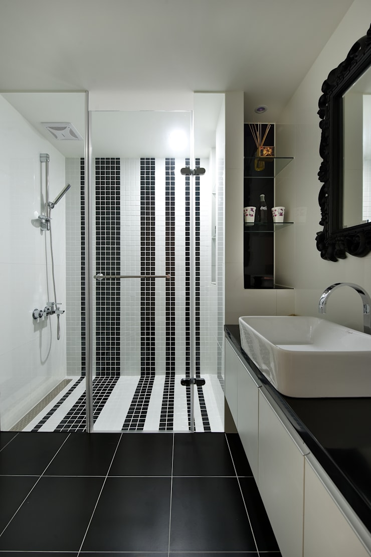 Ванные комнаты в . Автор – 倍果設計有限公司,
