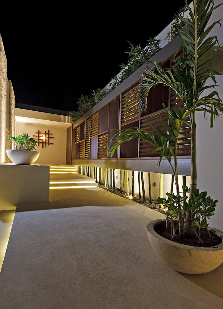 Houses by LUMINICA Iluminación, Eclectic Wood Wood effect