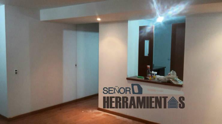 renovacion pintura apartamento: Comedores de estilo  por Señor herramientas,