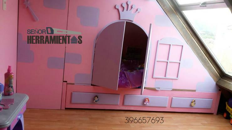 castillo de princesas, habitacion niña: Habitaciones infantiles de estilo  por Señor herramientas