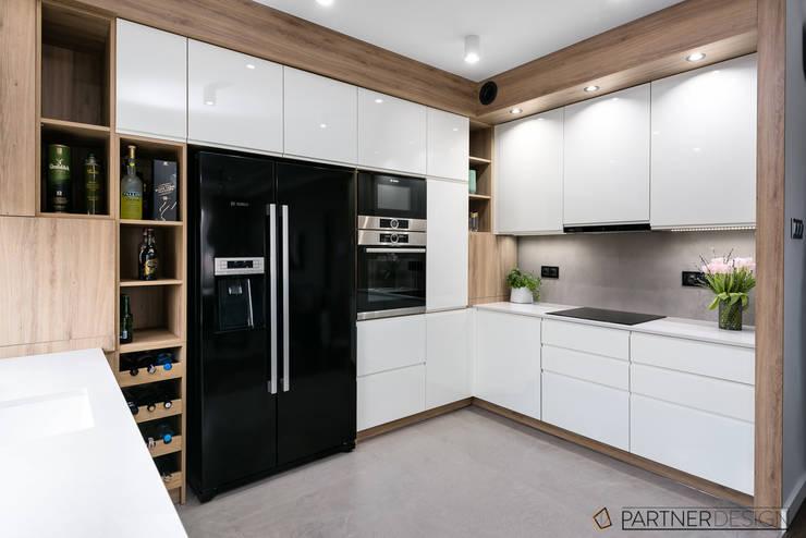 Apartament Dąbie: styl , w kategorii Kuchnia zaprojektowany przez Partner Design