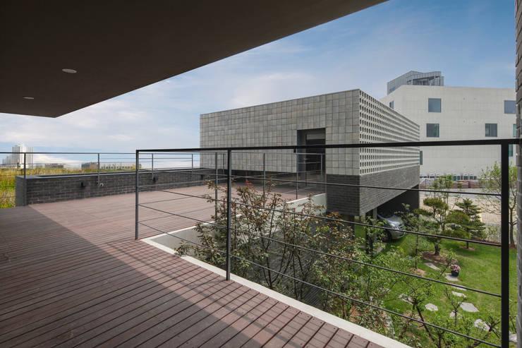 컬처북스 사옥 culturebooks: (주)보이드아키텍트 건축사사무소의  회사